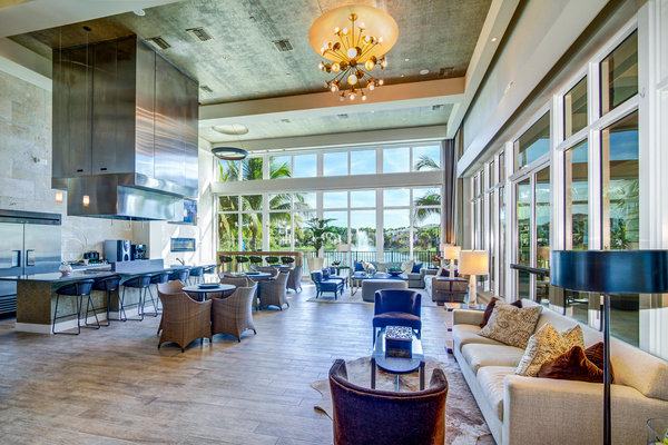 clubhouse at The Quaye at Palm Beach Gardens Apartments