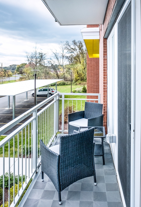 patio/balcony at Ridge at Robinson Apartments
