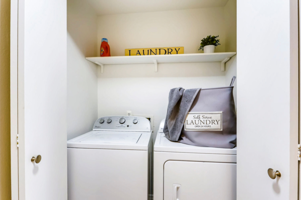 laundry room at Bayside Apartments