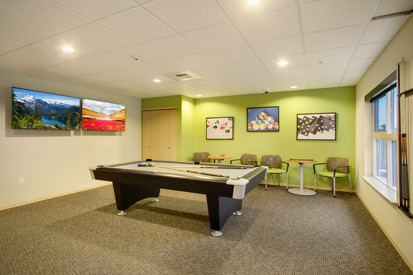 game room at Destinations Lynnwood Apartments
