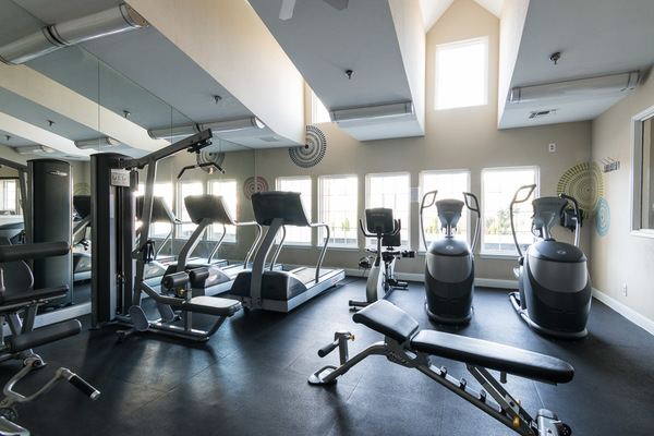 fitness center at Assembly Herndon Apartments