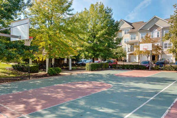 sport court at Assembly Dulles Apartments