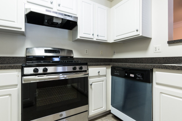 kitchen at Assembly Dulles Apartments