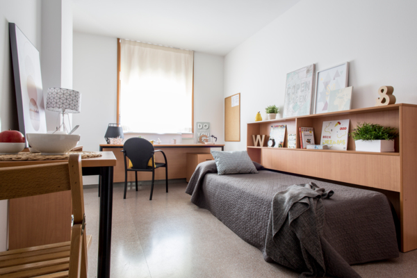 bedroom at Campus de Montilivi Residence Hall