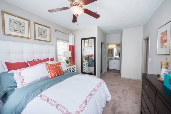 bedroom at 1000 Spalding Apartments