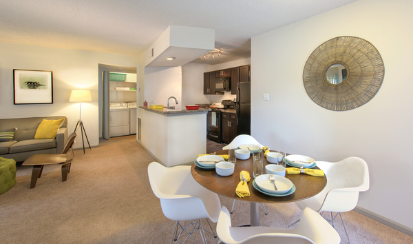 dining room at Tech Center Square Apartments