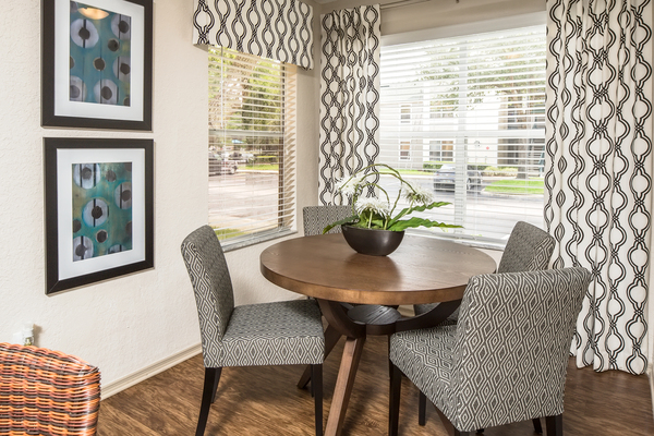 dining room at The Terraces at Lake Mary Apartments