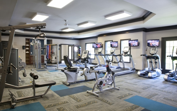 fitness center at Estates at Johns Creek Apartments